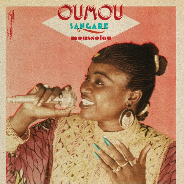 Album Review:  Oumou Sangaré – Moussolou [World Circuit, 16th April 2016]