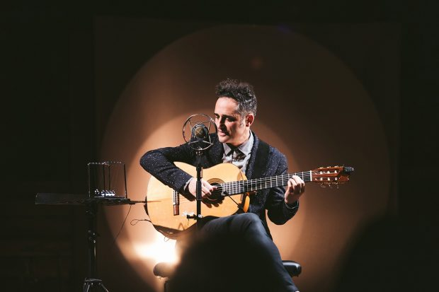 Preview: In the Round – Jorge Drexler @ Roundhouse (London; Friday 24th January 2020)